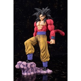Figurine Dragon Ball GT - Son Gokou Super Saiyan 4 Figuarts Zero EX