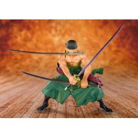 Figurine One Piece - Pirate Hunter Zoro Figuarts Zero 11cm