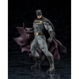 Figurine DC Universe - Batman Rebirth ARTFX+ 1/10ème 19cm